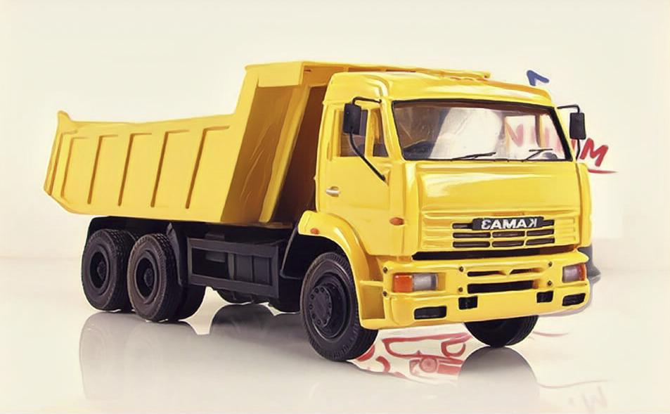 КАМАЗ 6520.